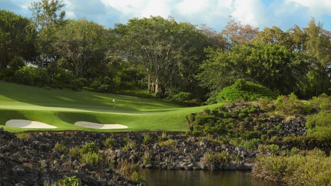 Anahita Four Seasons Golf Club - Mauritius Island - Republic of Mauritius - Clubs to hire
