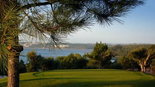 Bom Sucesso Golf Course - Lisboa - Portugal - Alquiler de palos de golf