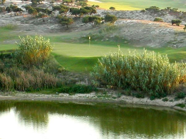 Botado Atlantico Golf - Lisbon - Portugal - Clubs to hire