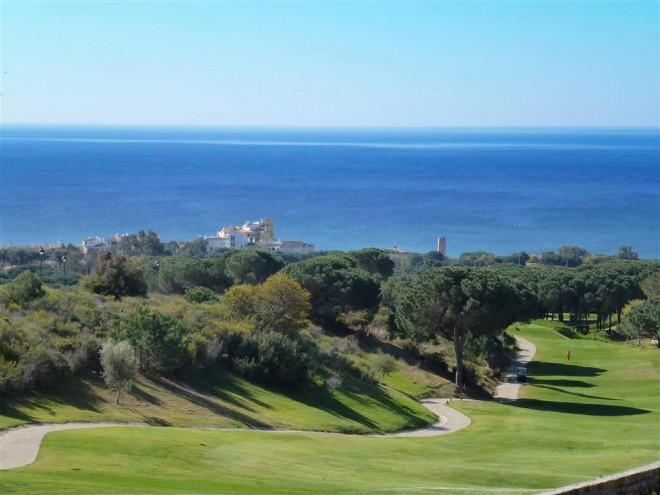 Cabopino Golf Marbella - Málaga - España - Alquiler de palos de golf