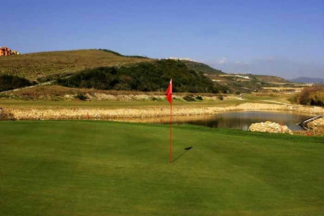 Casares Costa Golf - Málaga - España - Alquiler de palos de golf
