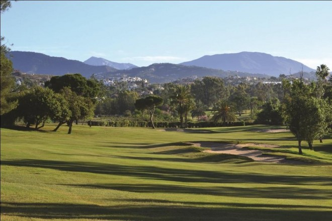 El Paraiso Golf Club - Malaga - Spain - Clubs to hire