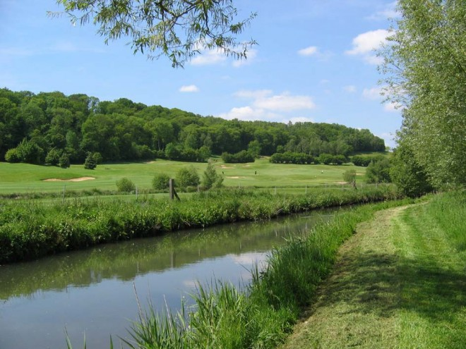 Golf d'Ableiges - Paris - France - Clubs to hire