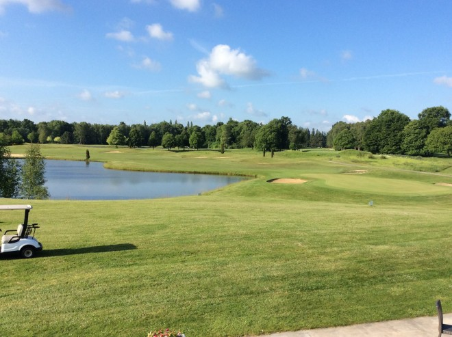 Golf d'Apremont - Paris - France - Clubs to hire