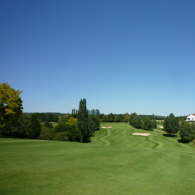 Golf Blue Green Bellefontaine - Paris - Francia - Alquiler de palos de golf