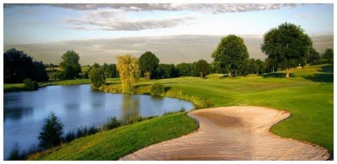 Golf de Courson Stade Francais - Paris - Francia - Alquiler de palos de golf
