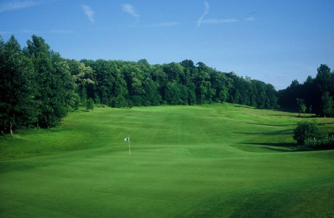 Golf de l'Isle Adam - Paris - France - Clubs to hire