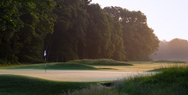 Golf de Saint Germain - Paris - France - Clubs to hire