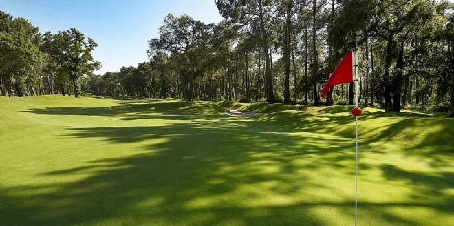 Hire golf clubs in Biarritz