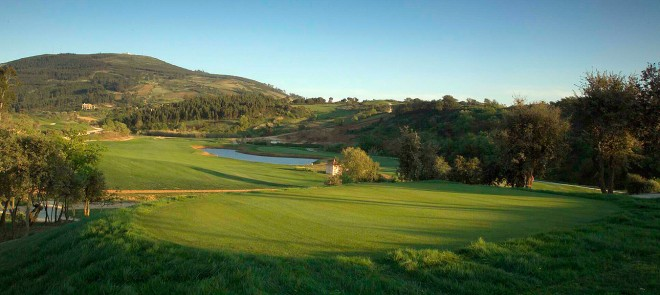 Campo Real Golf Resort - Lisbonne - Portugal - Location de clubs ...