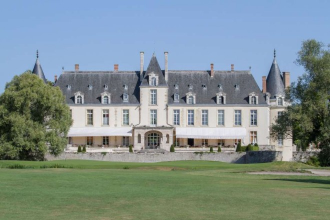 Golf du Château d'Augerville - Paris - France - Location de clubs de golf