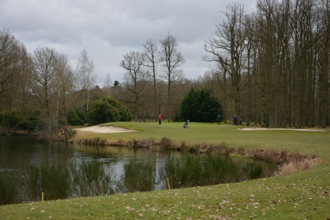 Golf Isabella - Parigi - Francia - Mazze da golf da noleggiare