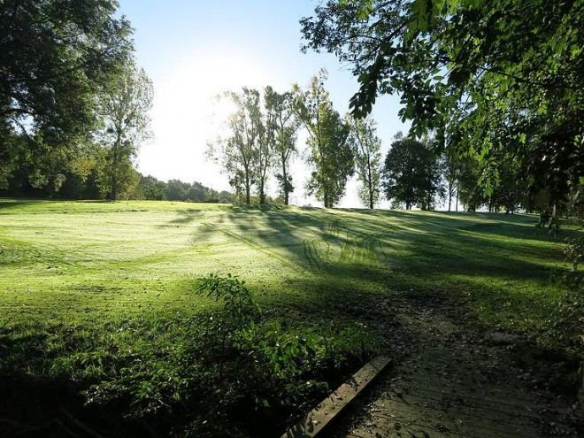 Golf d'Ormesson - Paris - France - Clubs to hire
