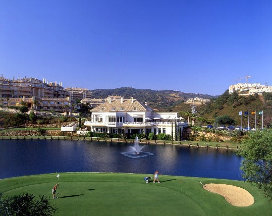 Green Life Golf Club - Malaga - Spain - Clubs to hire