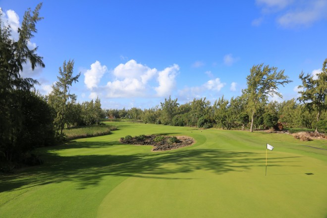 Ile Aux Cerfs Golf Club - Mauritius Island - Republic of Mauritius - Clubs to hire
