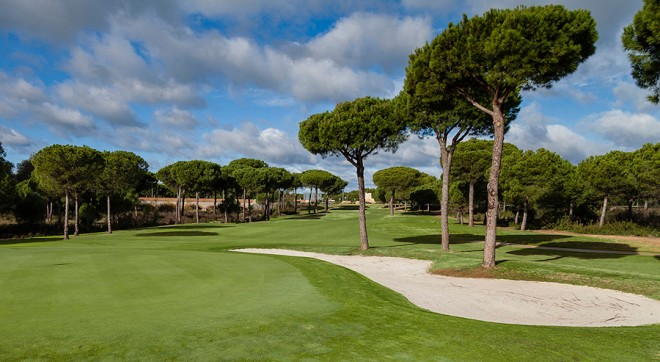 Clubs to hire - La Monacilla Golf Club - Malaga - Spain