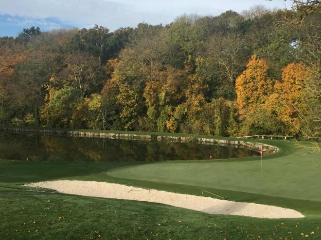 La Vaucouleurs Golf Club - Paris - Frankreich - Golfschlägerverleih