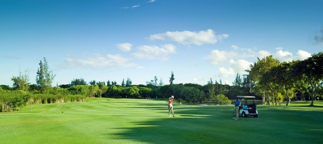 Clubs to hire - Legend Golf at Constance Belle Mare - Mauritius Island - Republic of Mauritius