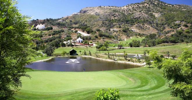 Marbella Golf & Country Club - Málaga - España - Alquiler de palos de golf