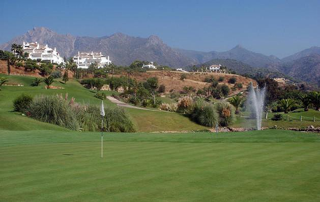 Clubs to hire - Monte Paraiso Golf Club - Malaga - Spain