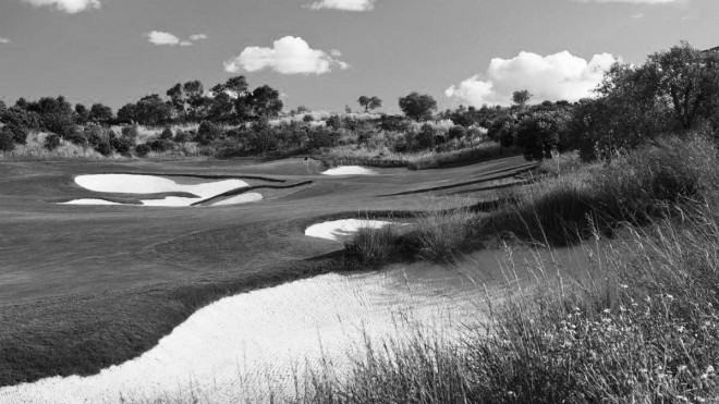 Monte Rei Golf & Country Club - Faro - Portugal - Clubs to hire