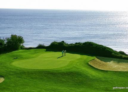 Novo Sancti Petri Golf Club - Málaga - Spanien - Golfschlägerverleih