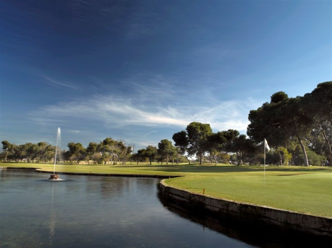 Clubs to hire - Parador Malaga Golf Club - Malaga - Spain