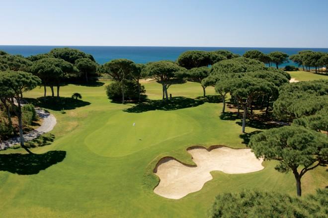 Pine Cliffs Golf & Country Club - Faro - Portugal - Location de clubs de golf