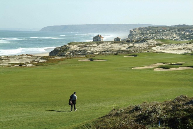 Praia D'el Rey Golf et Beach Resort - Lisbon - Portugal - Clubs to hire