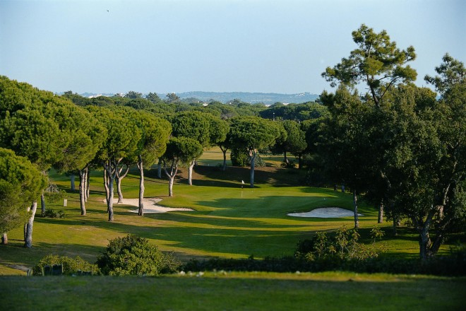 Clubs to hire - Vila Sol (Pestana Golf Resort) - Faro - Portugal
