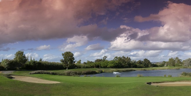 Vilamoura Golf Course (Oceanico) - Faro - Portugal - Clubs to hire